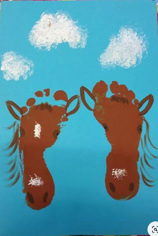 Trail Talk episode on Cowboy Crafts. Horse Head painting with Feet